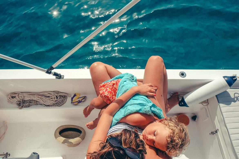 Segla med er baby, försäkrade om att barnet är säkert även ute till havs