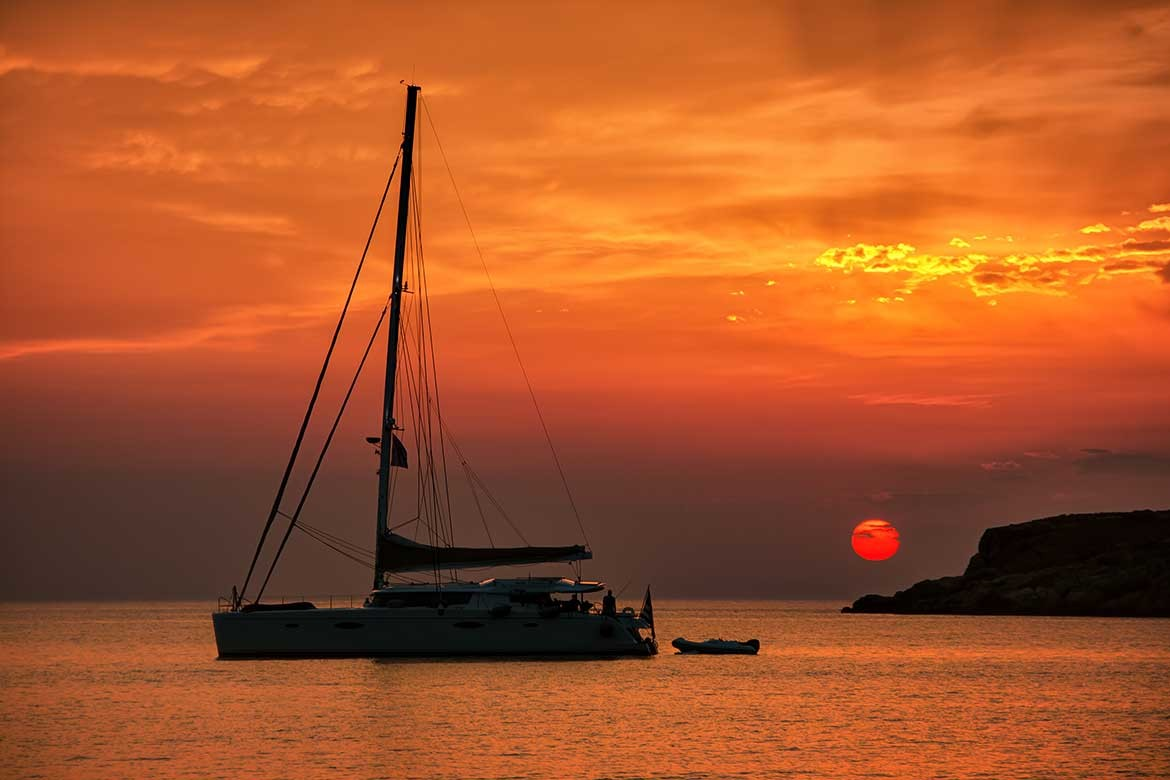 Why you should consider a sailing charter for your next holiday!