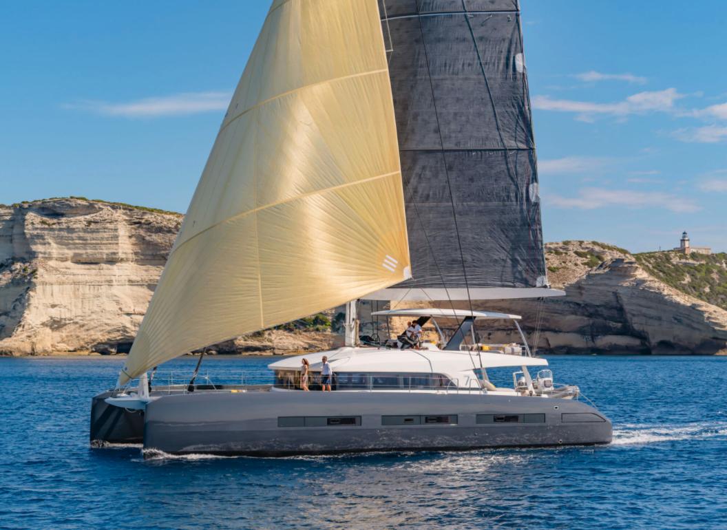 Navigare Yachting Lagoon Seventy7