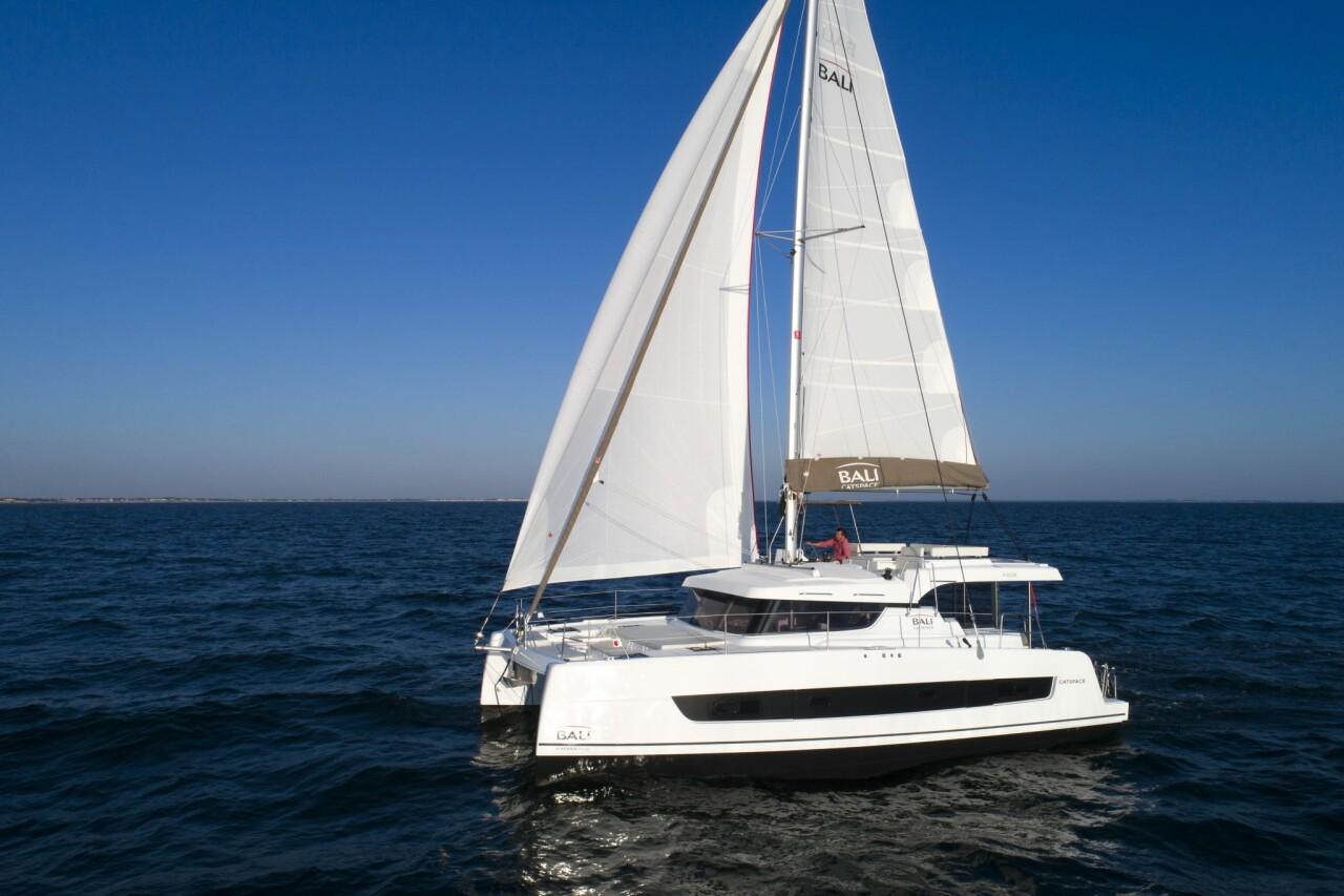 Bali catspace sail