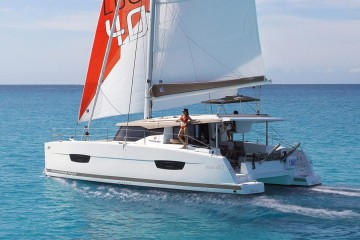 Fountaine Pajot Lucia 40,