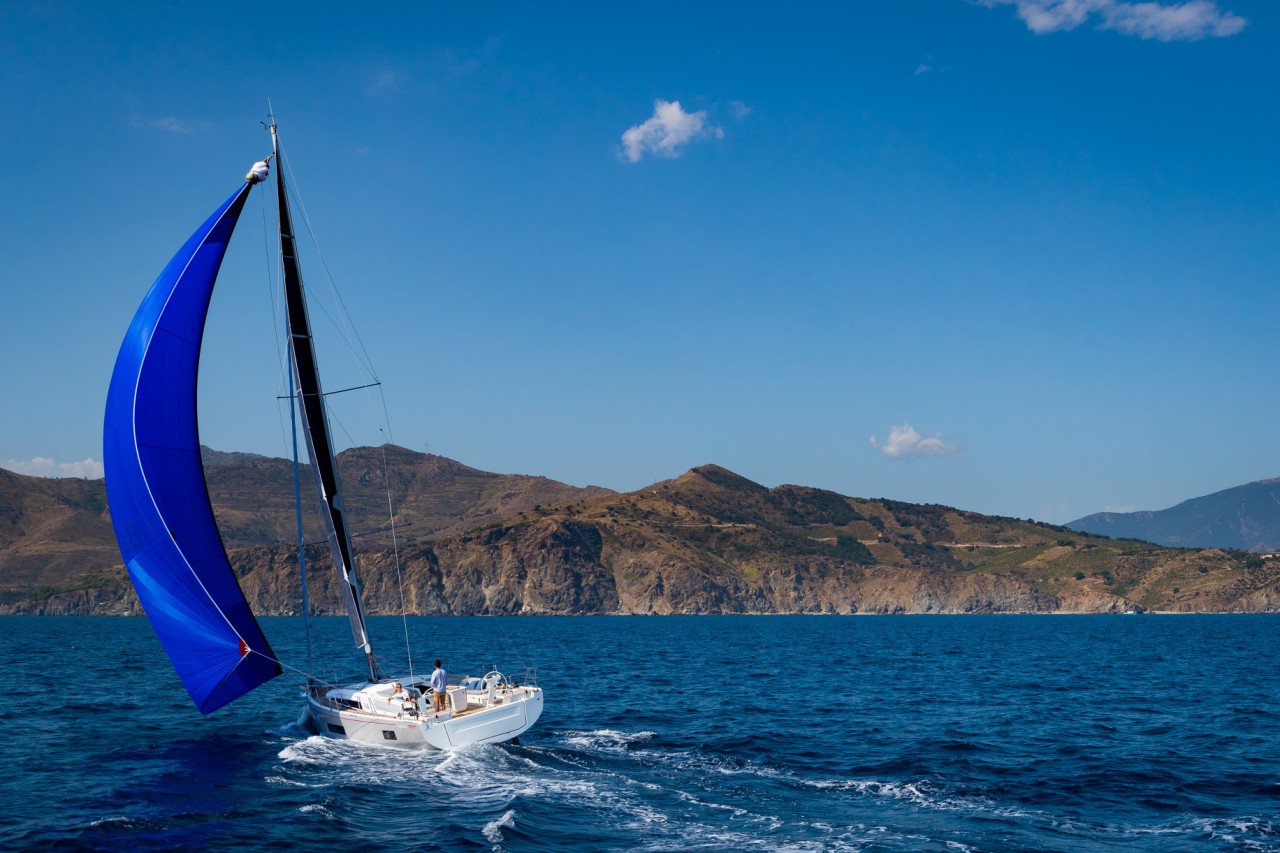 Med Sailing Yacht Oceanis 46 1 New Yachts Yacht Sales Navigare