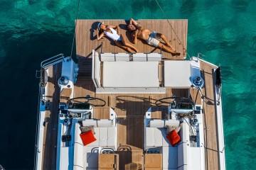 Oceanis Yacht 62,