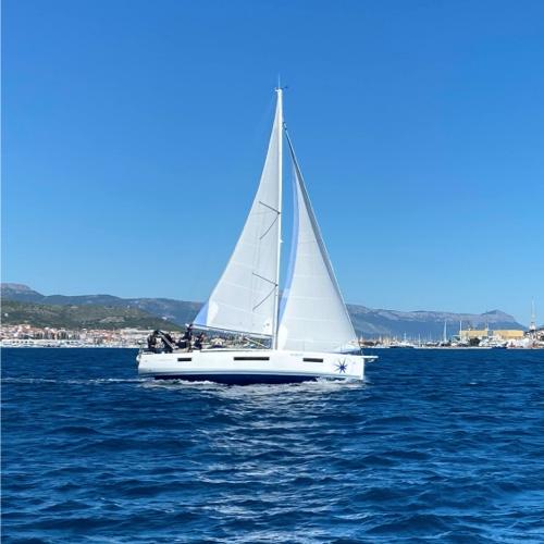 boat500x500.jpg