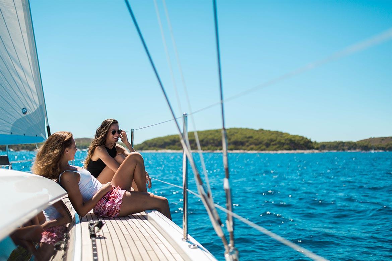 Book yacht mit 15% Rabatt