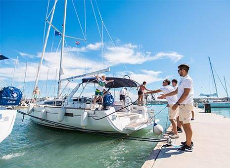 Special offer discount Yacht Charter