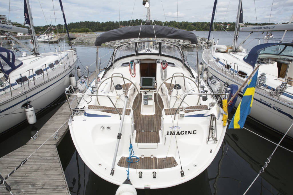 Bavaria 42 Cruiser, Imagine
