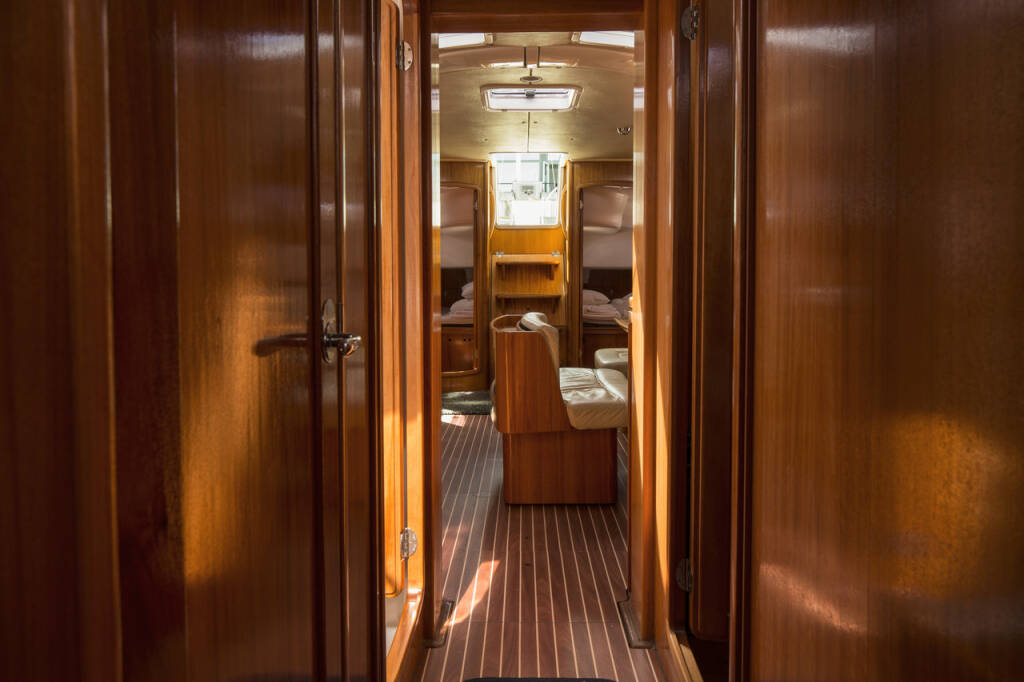 Bavaria 50 Cruiser, Blue