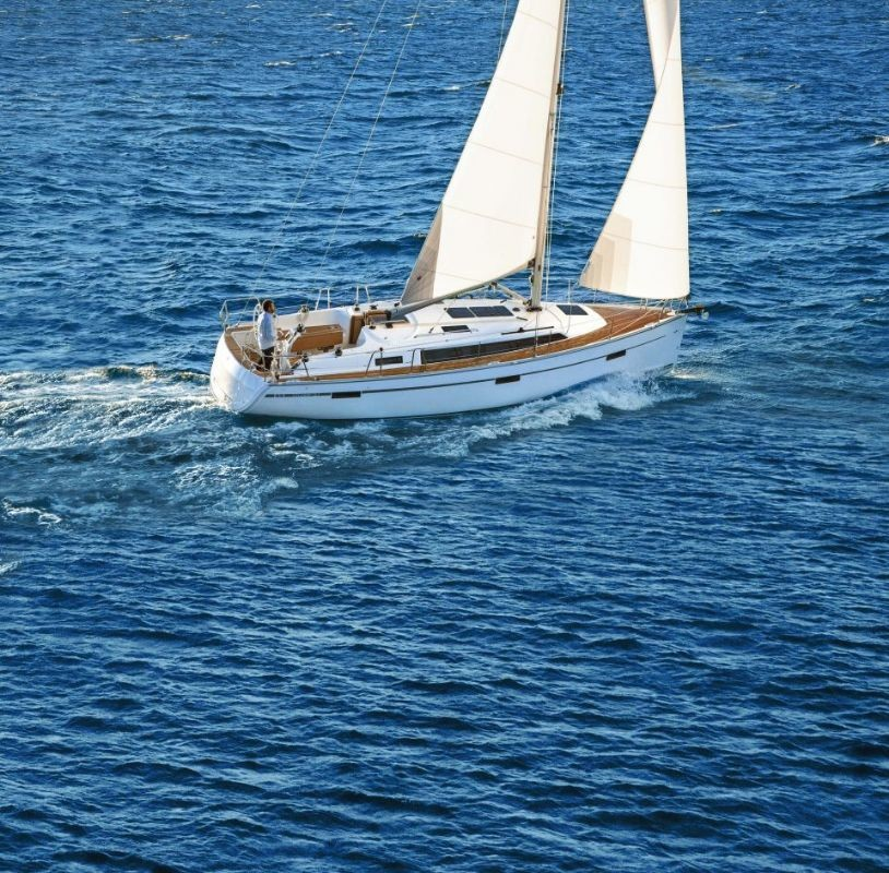 Bavaria Cruiser 37, Grasshopper