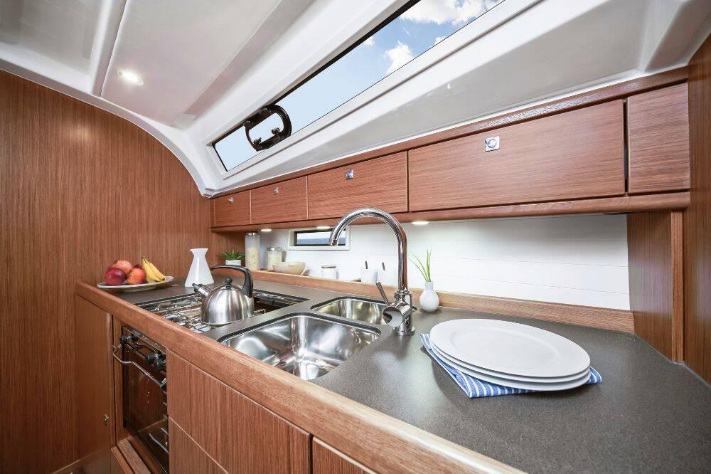 Bavaria Cruiser 41, Opal II