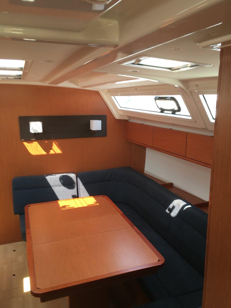 Bavaria Cruiser 46, Libra II