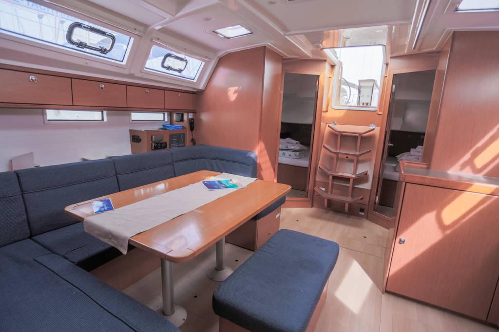 Bavaria Cruiser 46, Moa SPA