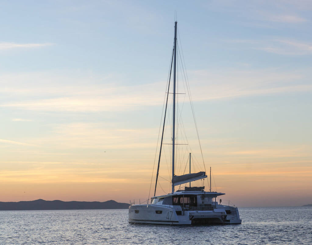 Fountaine Pajot Saona 47 (Quintet), No Shoes (#125)