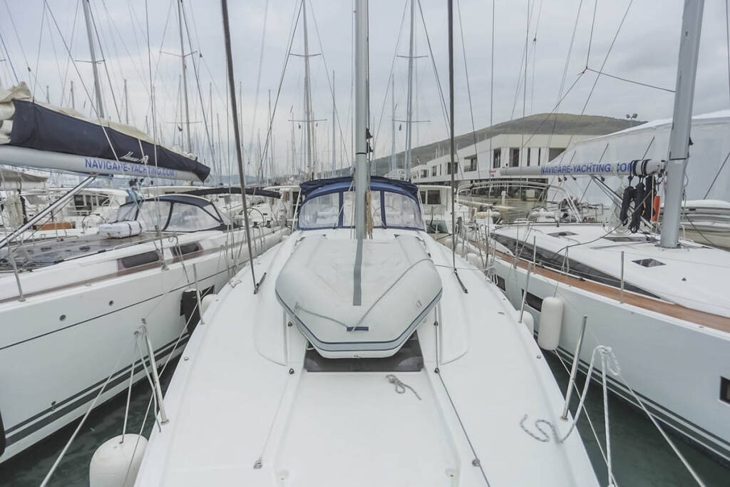 Jeanneau 54, Blue Angel