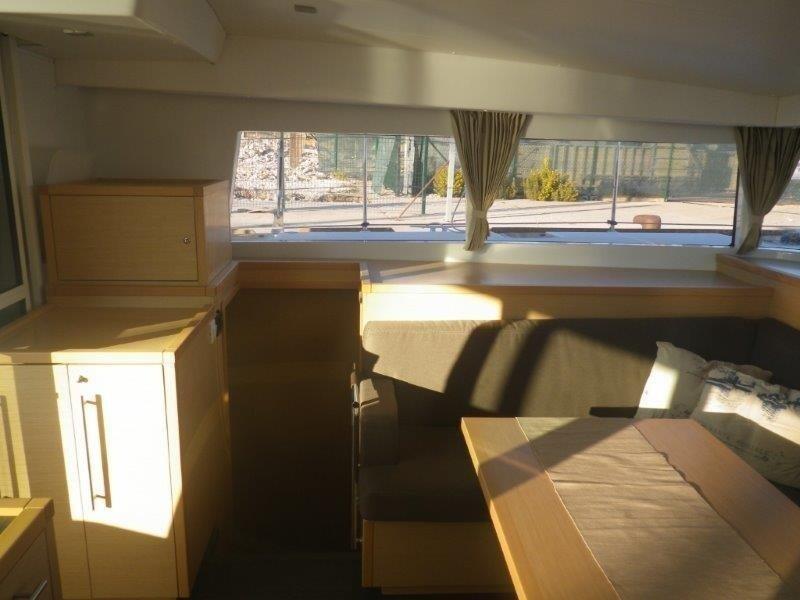 Lagoon 400 S2, Jema (Cabin charter) starboard bow