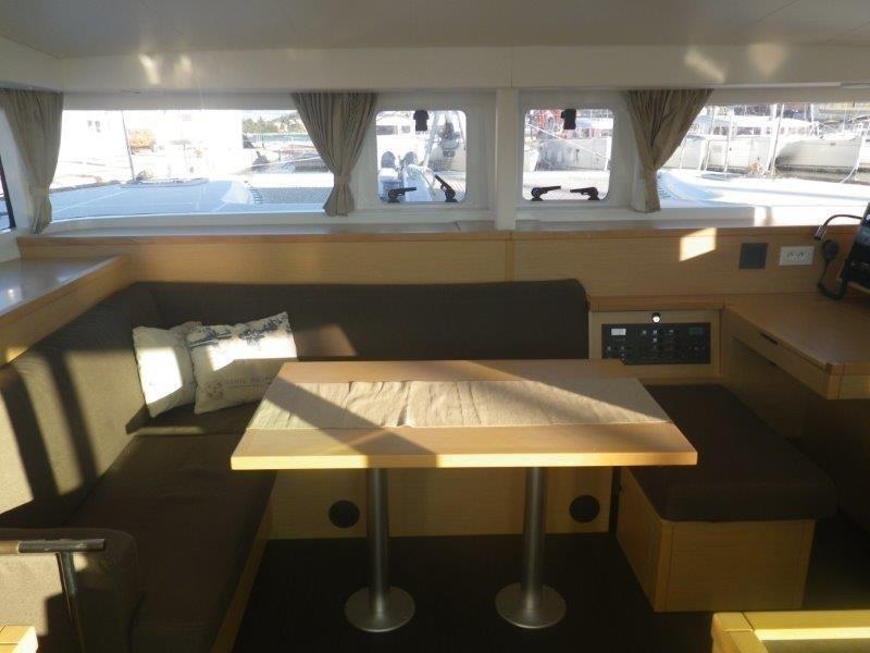 Lagoon 400 S2, Jema (Cabin charter) starboard stern