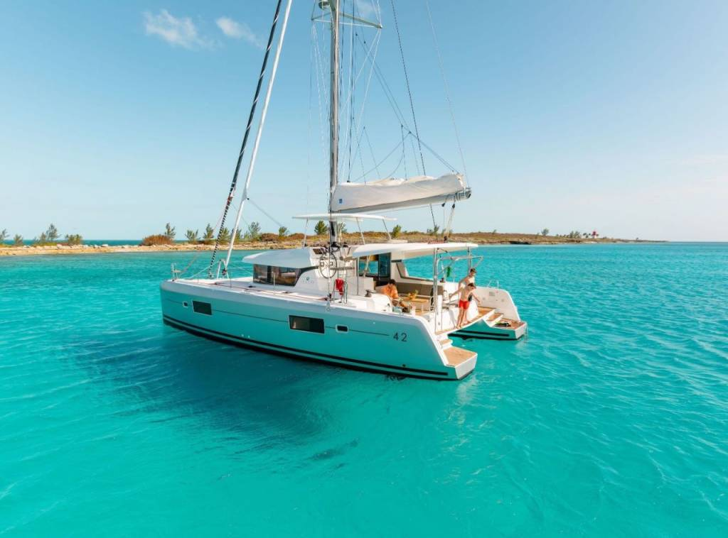 Lagoon 42, Blue Moon