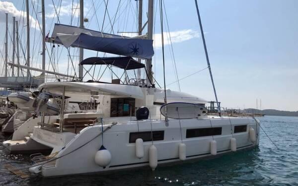 Lagoon 450 F, Claudia III