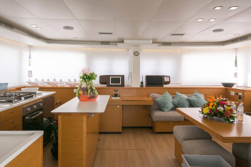 Lagoon 560 S2, Grande Dame Crewed (Cabin charter)1