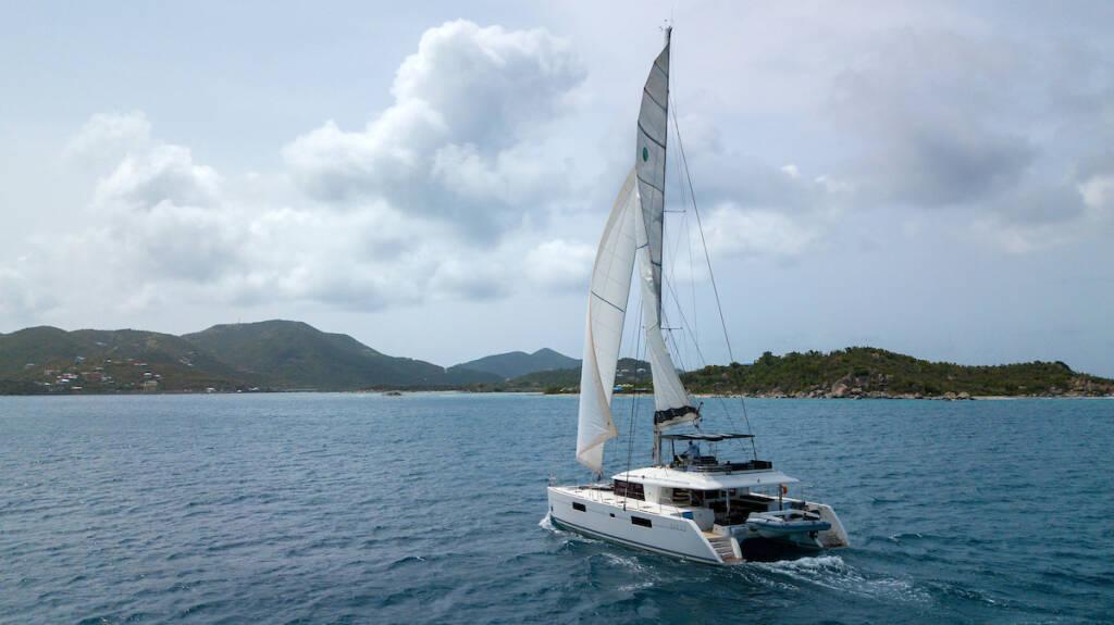 Lagoon 560 S2, Grande Dame Crewed (Cabin charter)3