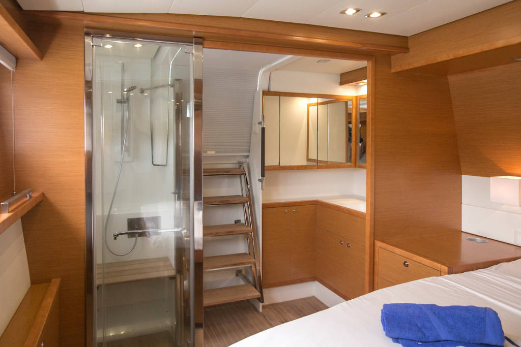 Lagoon 560 S2, Grande Dame Crewed (Cabin charter)4