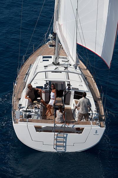 Oceanis 45, Luna