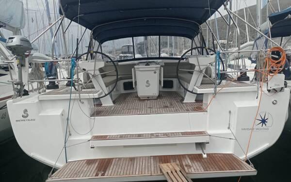 Oceanis 51.1, Amallo