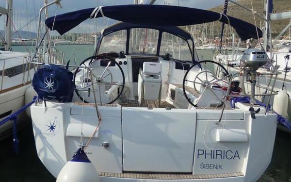 Sun Odyssey 439, Phirica
