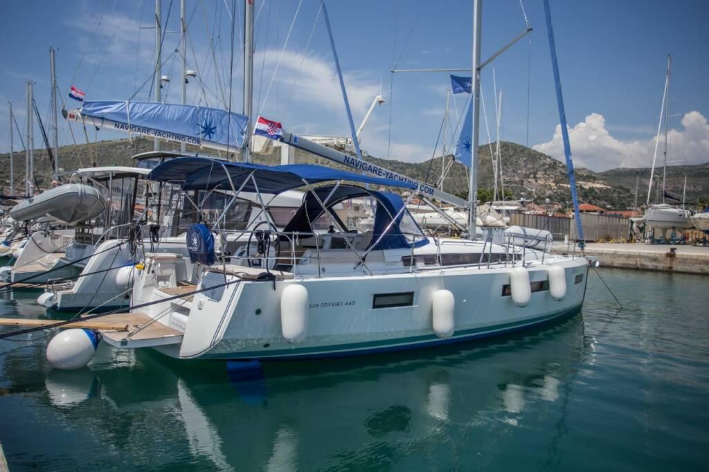 Sun Odyssey 440, Capella