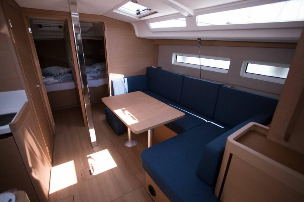 Sun Odyssey 440, Elle of Sweden